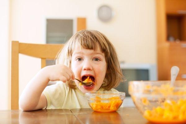 Far mangiare verdure ai bambini in 3 mosse