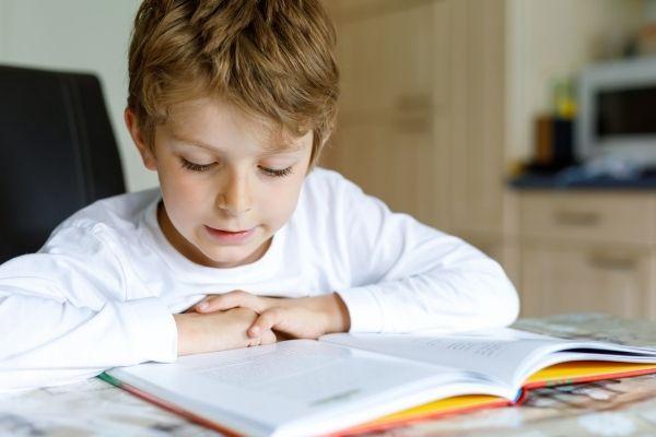 A quanti anni si impara a leggere - ogni bambino ha i suoi tempi