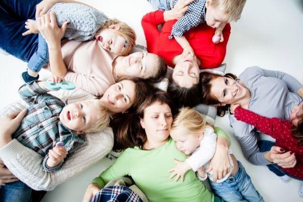 miti sulla maternità - competizione fra mamme